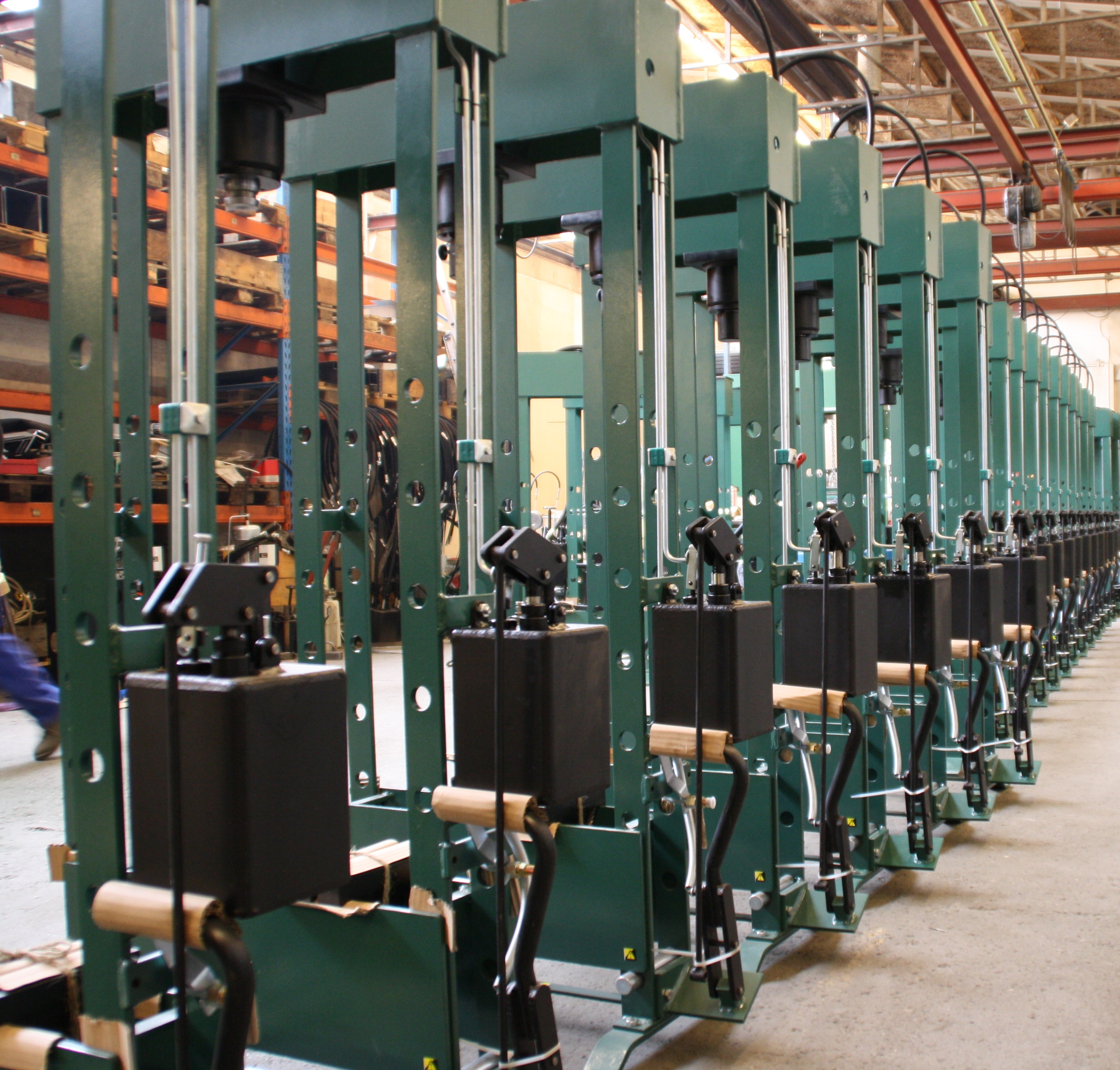 COMPAC Manual H-Frame Presses